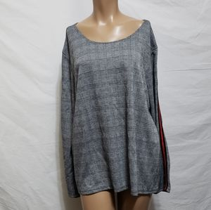 Thyme & Honey  plaid Back Button Sweater XL